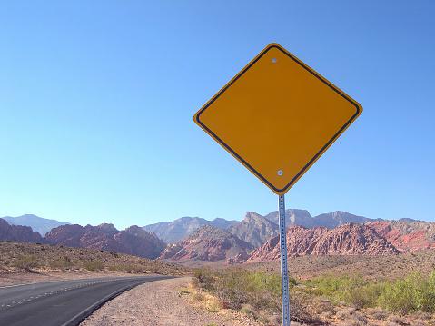Wooden Post「Blank Roadsign in the Nevada Desert」:スマホ壁紙(13)