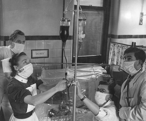 女「Blood Transfusion」:写真・画像(7)[壁紙.com]