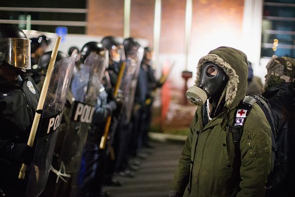 2014-15 Ferguson Unrest「Tense Ferguson, Missouri Awaits Grand Jury Findings In Shooting Of Michael Brown」:写真・画像(17)[壁紙.com]