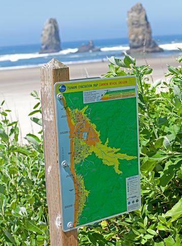 Cannon Beach「tsunami evacuation map Cannon beach」:スマホ壁紙(2)