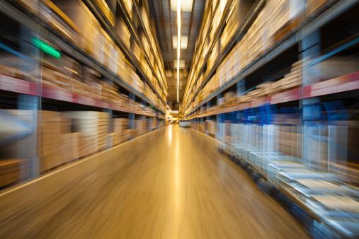 Retail「warehouse shelves」:スマホ壁紙(10)