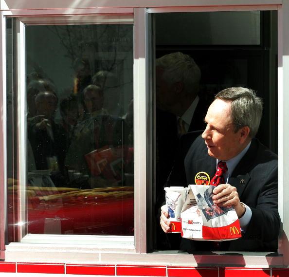 Window「McDonalds Celebrates Its 50th Anniversary」:写真・画像(14)[壁紙.com]