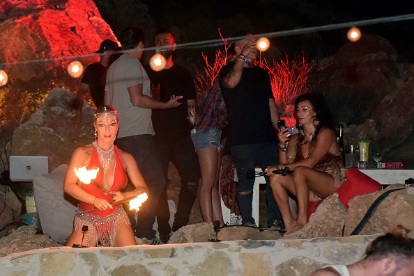 Mykonos「Velocity Black Private Villa Experience in Mykonos」:写真・画像(6)[壁紙.com]