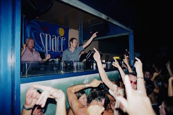 Clubbing「DJ Sasha」:写真・画像(4)[壁紙.com]