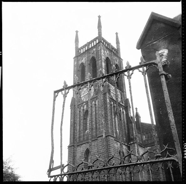 Wrought Iron「St Marys Church,」:写真・画像(4)[壁紙.com]