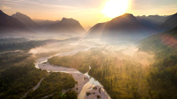 Soca river at sunrise,Upper Carniola,Slovenia:スマホ壁紙(壁紙.com)