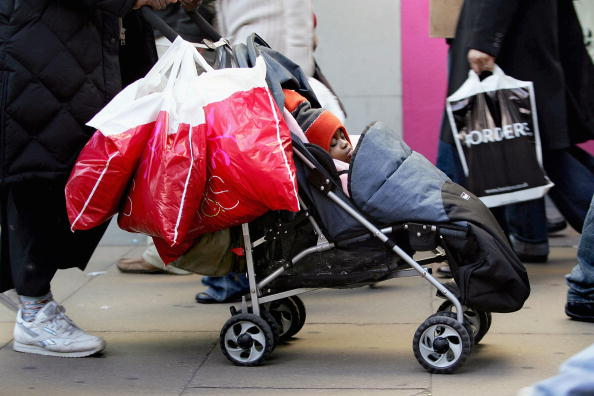 Black Color「British Shopping In The Boxing Day」:写真・画像(9)[壁紙.com]