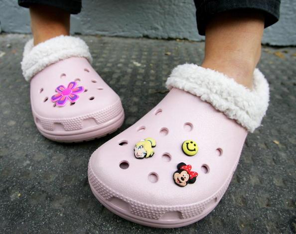 靴「Crocs Footwear Open Flagship Store」:写真・画像(10)[壁紙.com]