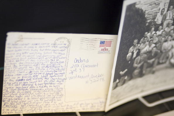 High School Student「Film And Music Memoribilia To Be Auctioned Off」:写真・画像(15)[壁紙.com]