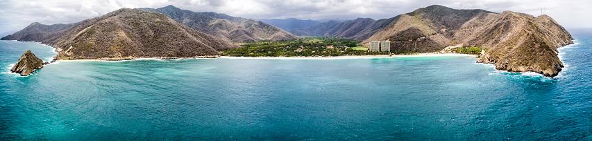 Shallow「Panoramic aerial view of Cata Bay, Caribbean Sea Venezuela」:スマホ壁紙(5)