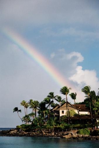 オアフ島「マウイ、ハワイのビーチのパシフィックオーシャンリゾートホテルのレインボー美しい」:スマホ壁紙(10)