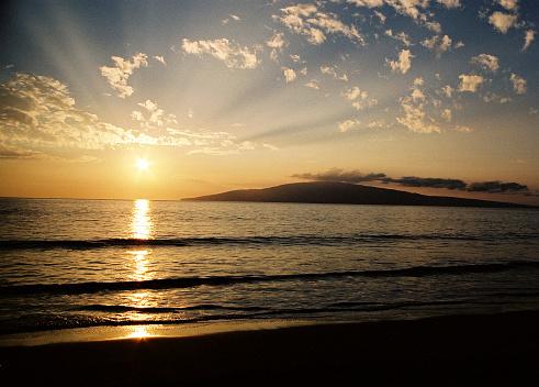 Kihei「Maui Hawaii Pacific ocean beach Sunset view of Molokai」:スマホ壁紙(14)