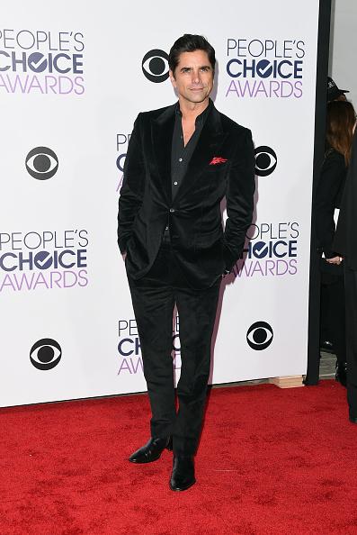 People's Choice Awards「People's Choice Awards 2016 - Arrivals」:写真・画像(9)[壁紙.com]