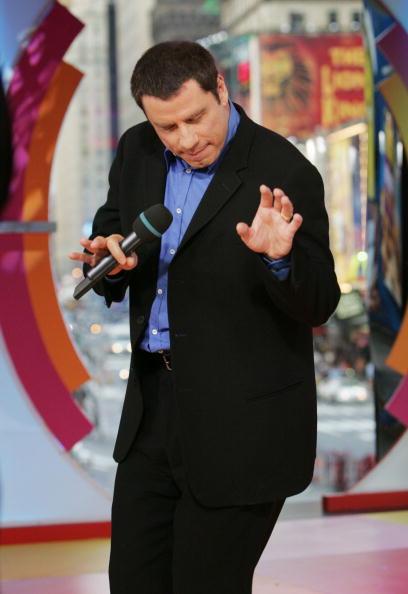Emergence「MTV TRL With John Travolta And Joaquin Phoenix」:写真・画像(13)[壁紙.com]