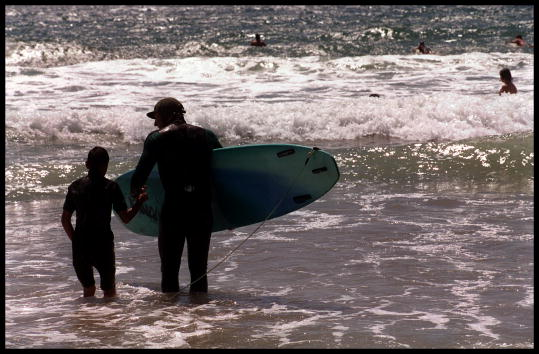 Dan Callister「VISUALLY IMPAIRED SURFERS」:写真・画像(5)[壁紙.com]