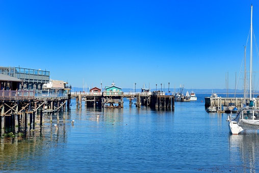 City of Monterey - California「Monterey, the many pontoons of the old district of Fisherman's Wharf.」:スマホ壁紙(6)