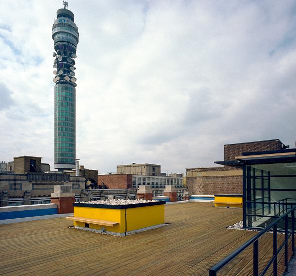 Penthouse「Floor deck on a rooftop, London.」:写真・画像(11)[壁紙.com]