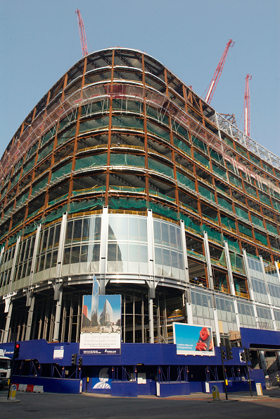 Wood Paneling「Glass panelling fitted onto 201 Bishopgate and Broadgate towers, London, UK」:写真・画像(8)[壁紙.com]