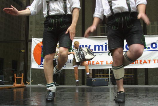 Accordion - Instrument「Bavarian Festival In Chicago」:写真・画像(7)[壁紙.com]