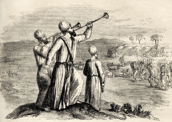 Trumpet「Blowing of the silver trumpets - illustration for the Bible, Numbers X, of three men standing on a hill, two playing trumpets.」:写真・画像(12)[壁紙.com]