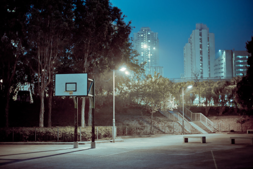 Hong Kong「Street basketball court at night」:スマホ壁紙(3)