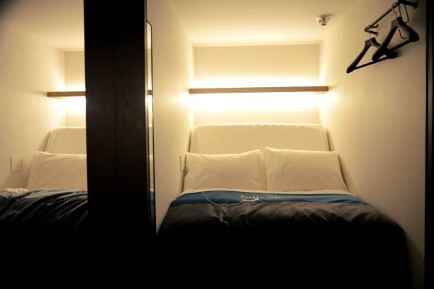 Japanese capsule hotel:スマホ壁紙(壁紙.com)
