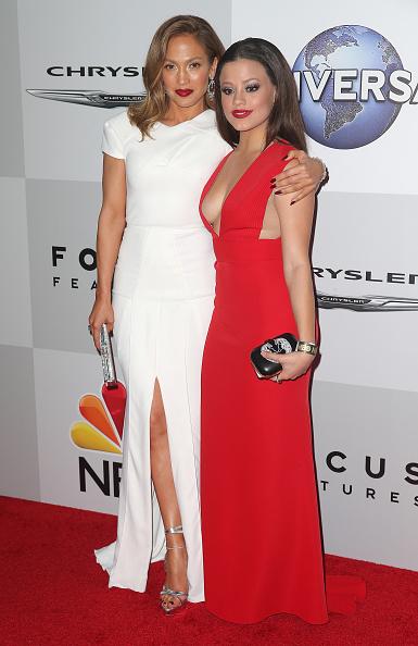 銀色「NBCUniversal's 73rd Annual Golden Globes After Party - Arrivals」:写真・画像(9)[壁紙.com]