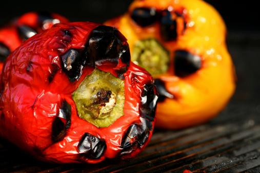 Roasted「Juicy peppers being grilled」:スマホ壁紙(4)