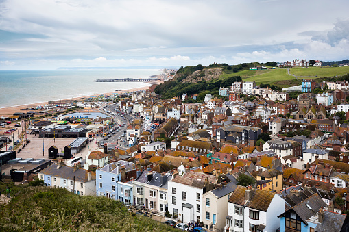 Old Town「Hilltop View of The Old Town of Hastings」:スマホ壁紙(17)