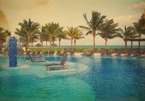 Sepia Toned「mexican resort pool」:スマホ壁紙(9)