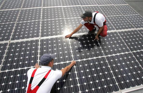 Solar Panel「Alternative Energy in Germany」:写真・画像(2)[壁紙.com]