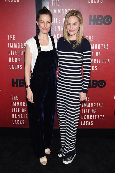 "Bib Overalls「""The Immortal Life Of Henrietta Lacks"" New York Premiere - Arrivals」:写真・画像(1)[壁紙.com]"