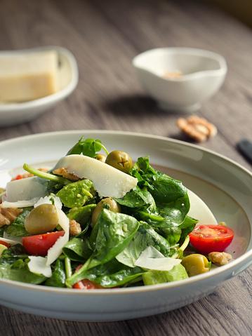 Vinaigrette Dressing「Healthy summer salad」:スマホ壁紙(2)