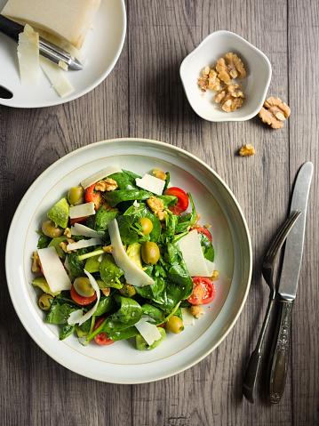 胡桃「健康なサマーサラダ」:スマホ壁紙(10)
