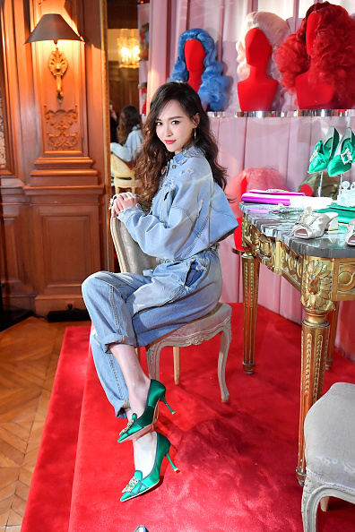 Angelababy「Roger Vivier: Day Dream Vivier - Press Day - Paris Fashion Week Womenswear Fall/Winter 2019/2020」:写真・画像(7)[壁紙.com]