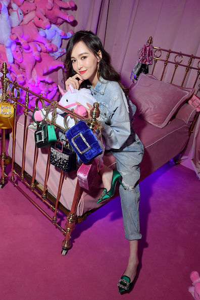 Angelababy「Roger Vivier: Day Dream Vivier - Press Day - Paris Fashion Week Womenswear Fall/Winter 2019/2020」:写真・画像(15)[壁紙.com]