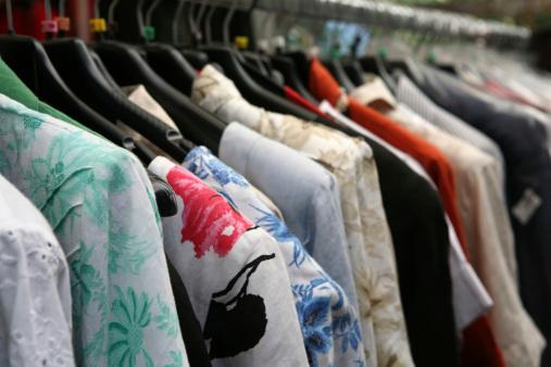 Dress「clothes on hangers」:スマホ壁紙(15)