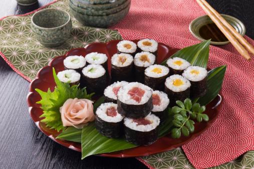 Sake「Sushi Rolls」:スマホ壁紙(3)