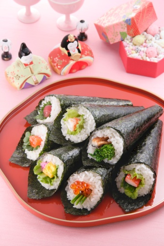 ひな祭り「Sushi rolls」:スマホ壁紙(13)