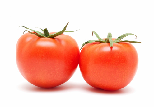 Beefsteak Tomato「Tomatoes isolated on white background」:スマホ壁紙(1)
