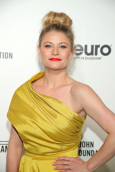 Emilie De Ravin「28th Annual Elton John AIDS Foundation Academy Awards Viewing Party Sponsored By IMDb, Neuro Drinks And Walmart - Arrivals」:写真・画像(10)[壁紙.com]