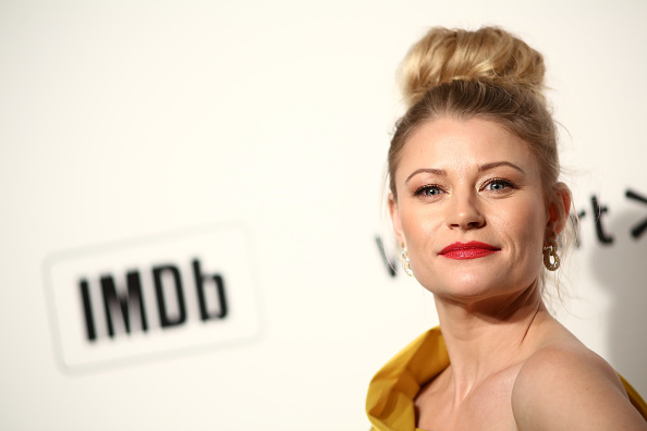 Emilie De Ravin「IMDb LIVE Presented By M&M'S At The Elton John AIDS Foundation Academy Awards Viewing Party」:写真・画像(2)[壁紙.com]