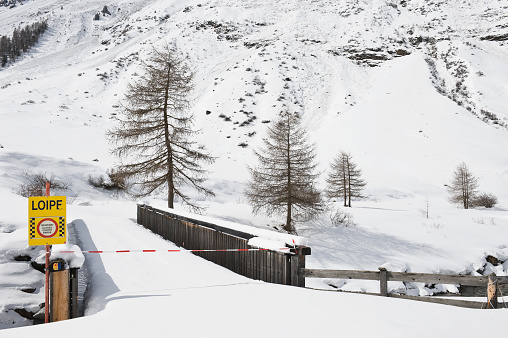 Ötztal Alps「Cross-country ski run closed due to avalanche danger, Ötztal, Austria」:スマホ壁紙(10)