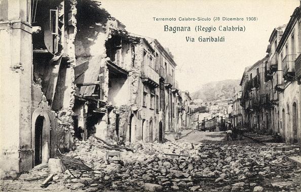 Fototeca Storica Nazionale「CALABRO-SICILIAN EARTHQUAKE」:写真・画像(1)[壁紙.com]