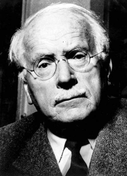 Carl Jung:ニュース(壁紙.com)