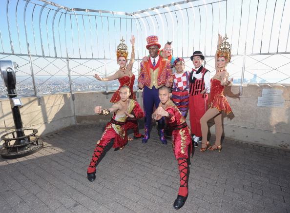 Empire State Building「Ringling Bros. And Barnum & Bailey Presents DRAGONS Descends On New York's Empire State Building」:写真・画像(11)[壁紙.com]