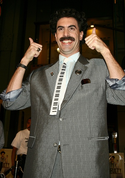 """Movie Theater「Premiere Of """"Borat: Cultural Learnings Of America"""" - Arrivals」:写真・画像(3)[壁紙.com]"""