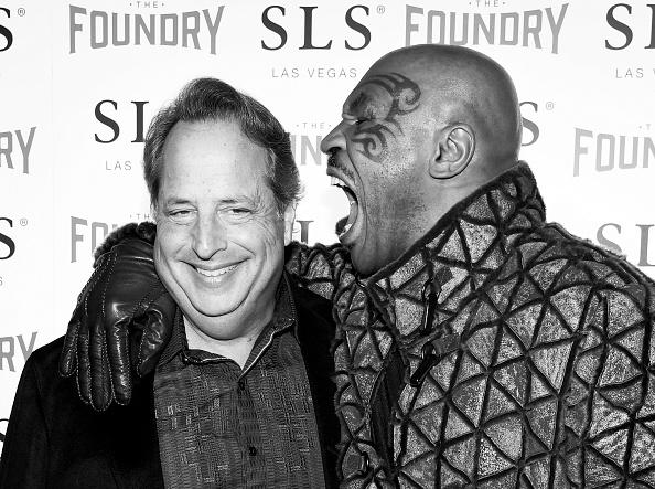 Mike Tyson「Dana Carvey And Jon Lovitz Comedy Residency At The Foundry Inside SLS Las Vegas」:写真・画像(17)[壁紙.com]