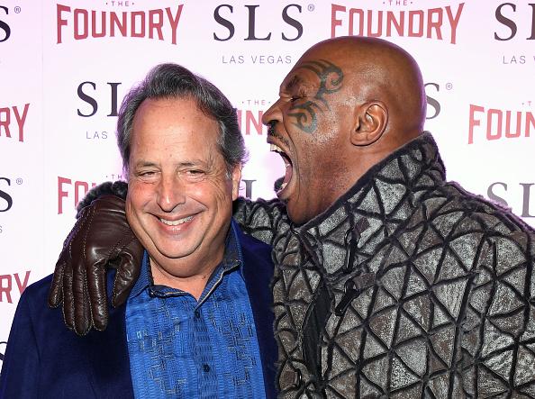 Mike Miller「Dana Carvey And Jon Lovitz Comedy Residency At The Foundry Inside SLS Las Vegas」:写真・画像(12)[壁紙.com]