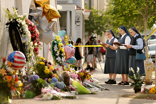 Charleston - South Carolina「Nine Dead After Church Shooting In Charleston」:写真・画像(16)[壁紙.com]